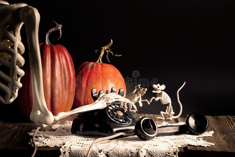 Halloweenowy Zredukowany Wybiera numer rocznika telefon zdjęcia royalty free