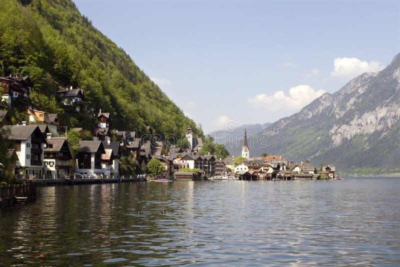 Hallstadt in Österreich lizenzfreies stockbild