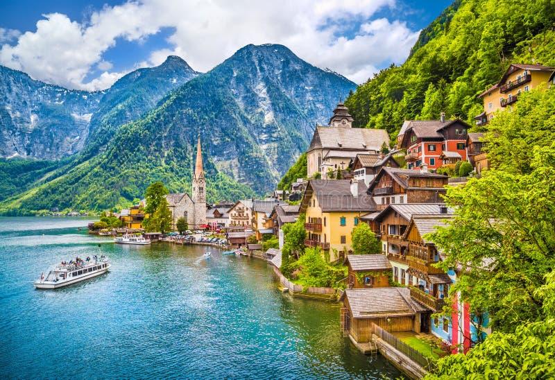 Hallstatt山村,萨尔茨卡默古特,奥地利 免版税库存照片