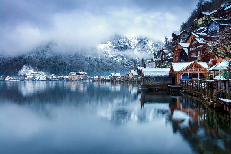Hallstatt,奥地利镇在冬天 免版税库存照片