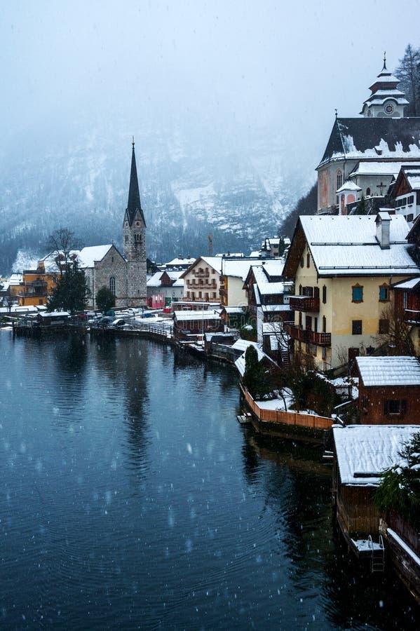 Hallstatt,奥地利镇在冬天 库存图片