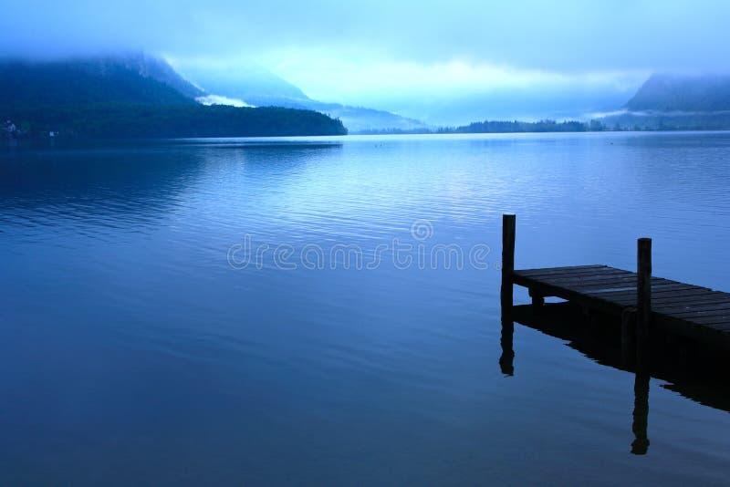 Hallstatt See, Österreich stockbild
