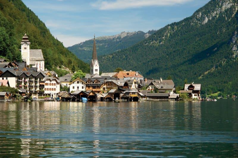 Hallstatt, un village dans Salzkammergut, Autriche images libres de droits