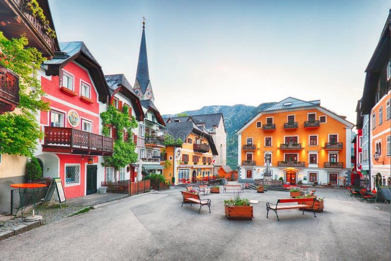 Hallstattvierkant in de berg van de Alpen van Oostenrijk royalty-vrije stock foto