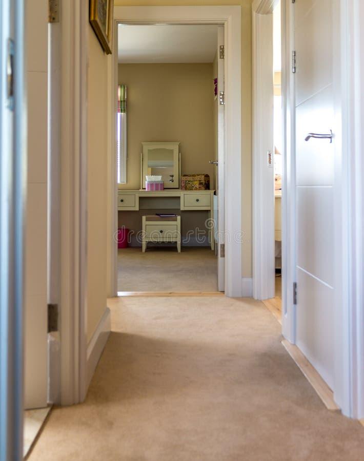 Download Hallway stock foto. Afbeelding bestaande uit bouw, decor - 54078098