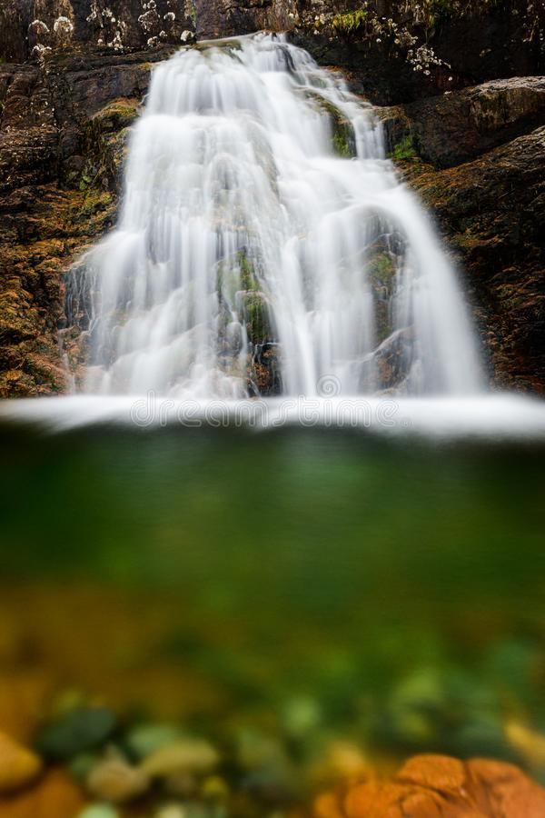 Halna siklawa od Glencoe doliny w Szkocja zdjęcia royalty free