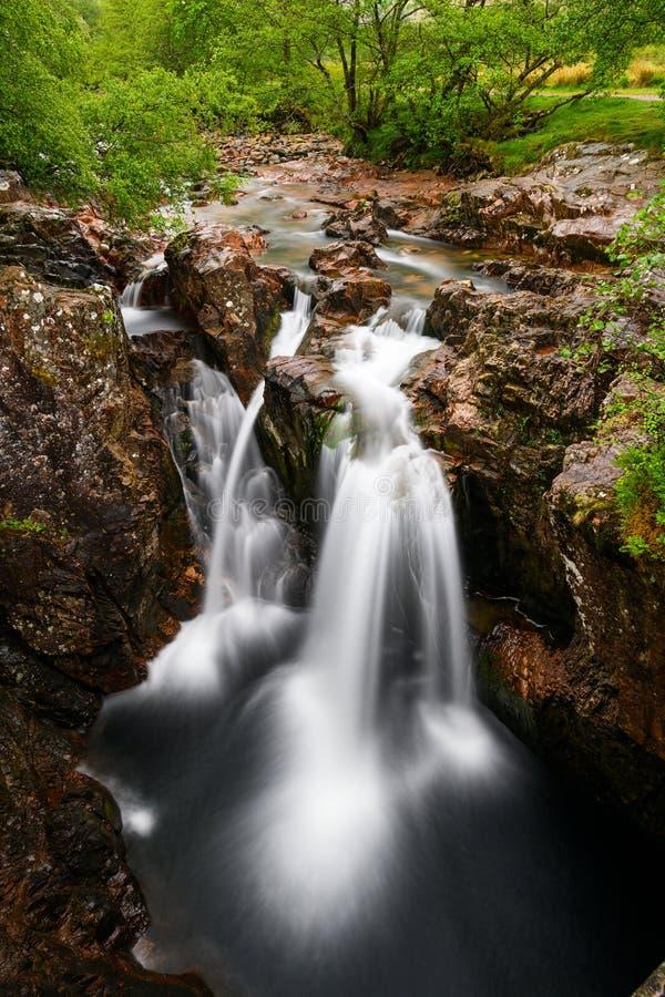 Halna siklawa od Glencoe doliny w Szkocja obraz royalty free