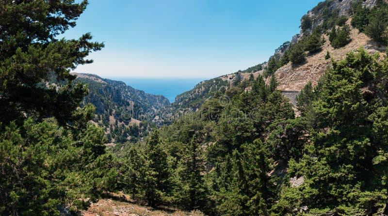 Halne drogi i piękny krajobraz Crete wyspa, Grecja fotografia royalty free