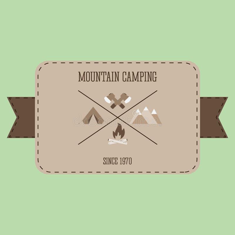 Halny campingowy przygody odznaki graficznego projekta loga emblemat ilustracja wektor