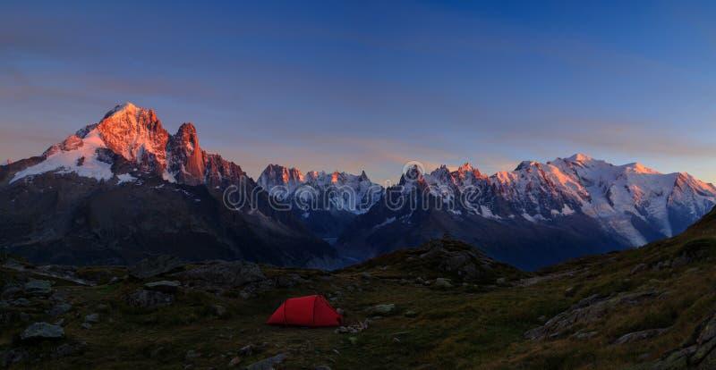 Halny campsite zdjęcie royalty free