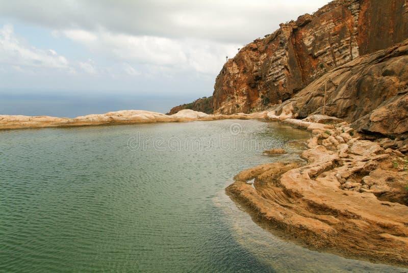Halny jezioro Homhil na wyspie Socotra zdjęcia royalty free