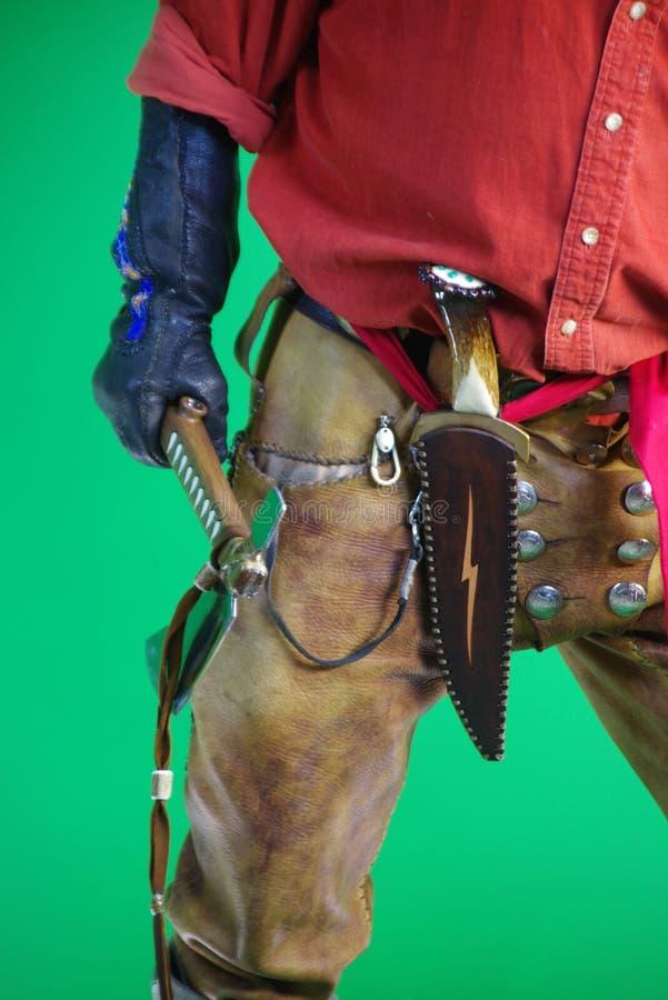 Halny mężczyzna z tomahawkiem fotografia stock