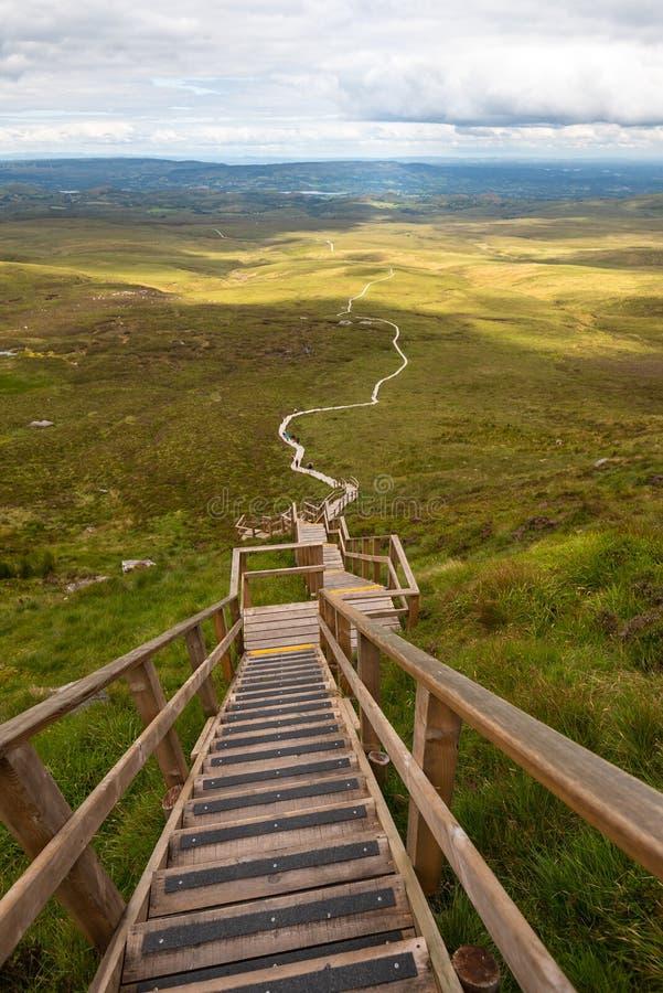 Halny spacer w Irlandia fotografia stock
