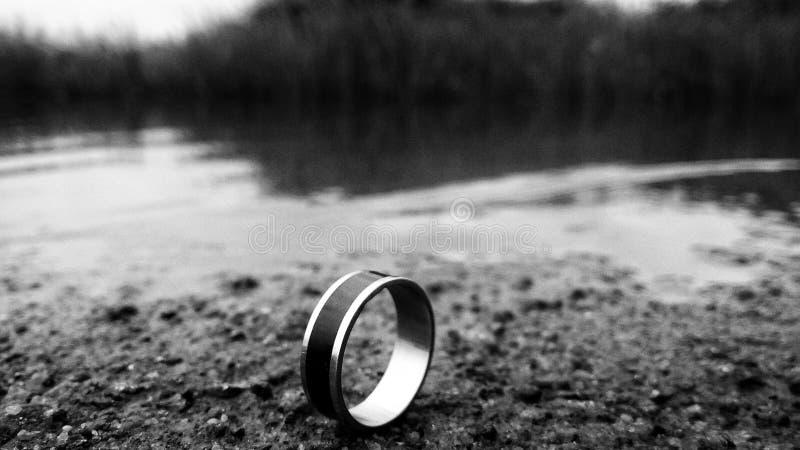 Halo pierścionek zdjęcia royalty free