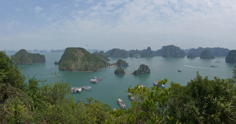 Download Halong Bay, Vietnam editorial photography. Image of islets - 90468322