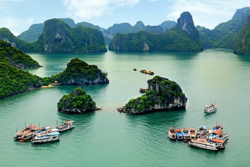 Halongbaai in Quangninh, Vietnam stock afbeelding