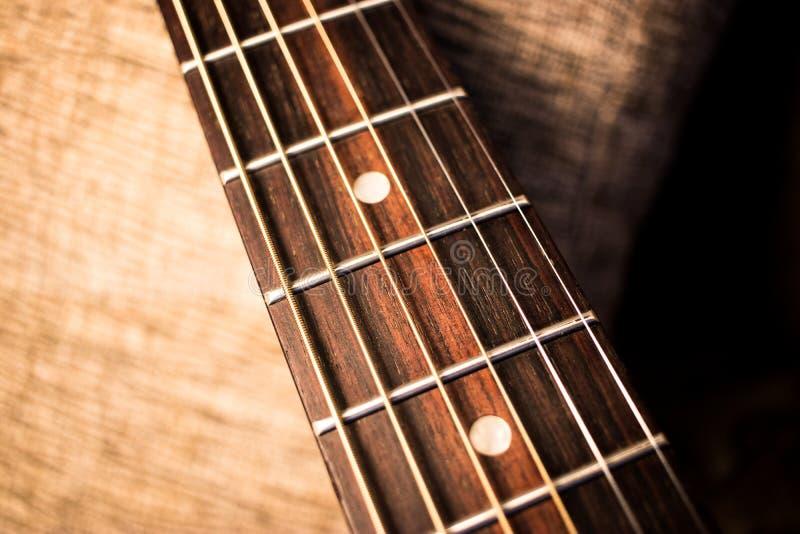Halsabstrakt begrepp för akustisk gitarr royaltyfri fotografi