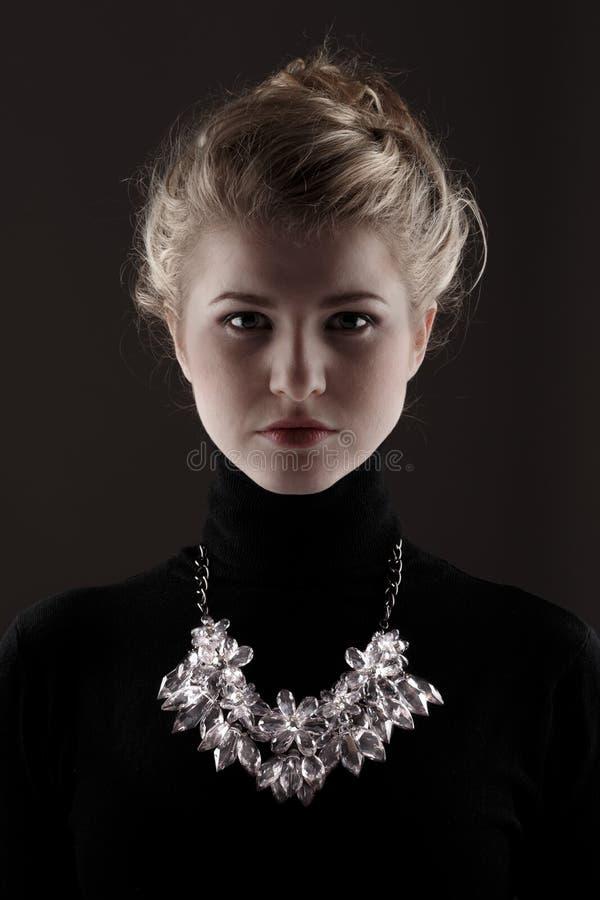 halsband fotografering för bildbyråer