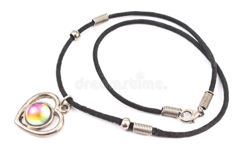 Halsband för silverhjärtahänge royaltyfri bild