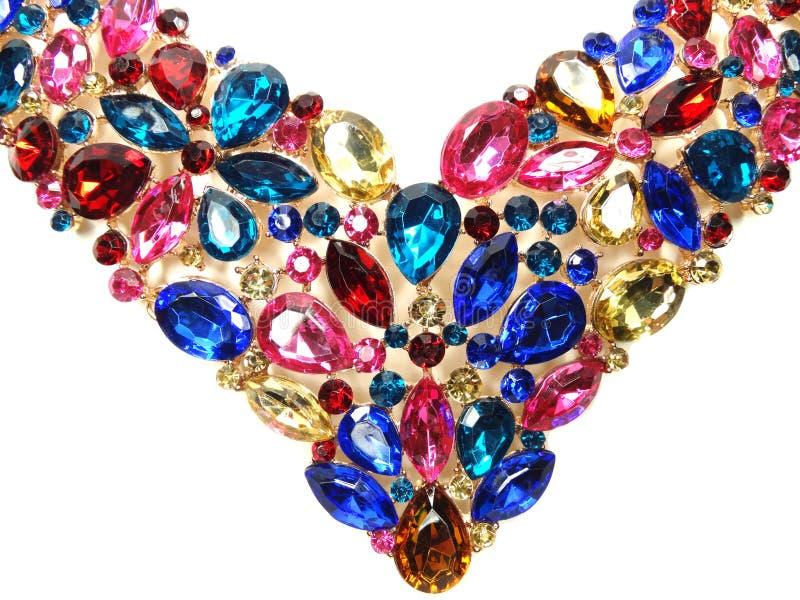 Halsband med ljusa kristallsmycken royaltyfri fotografi