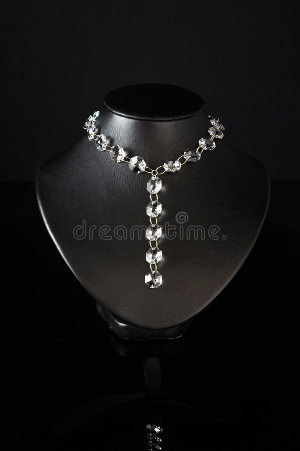 Halsband op een zwarte ledenpop. royalty-vrije stock afbeeldingen