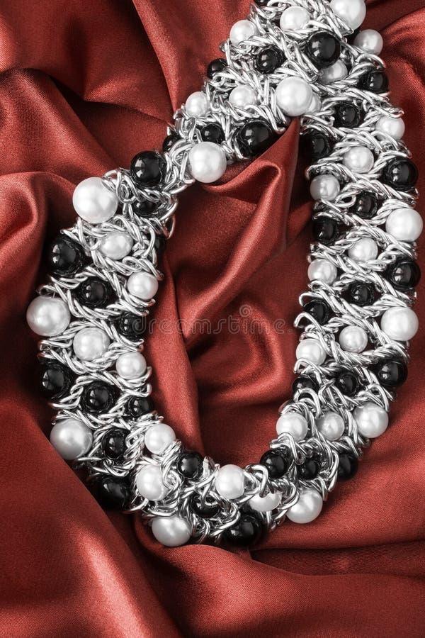 Halsband op satijn royalty-vrije stock foto's