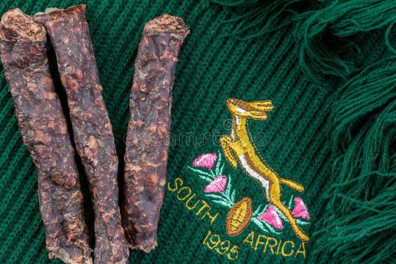 Halsduk för springbockrugbylag som visar söderna - afrikanska rugbylags emblem av 1995, då de var vinnare av rugbyvärldscupen royaltyfri fotografi