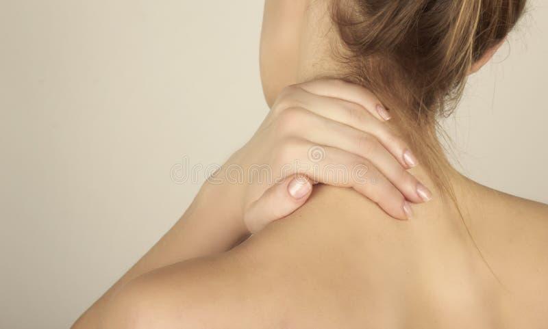 halsen smärtar arkivbilder