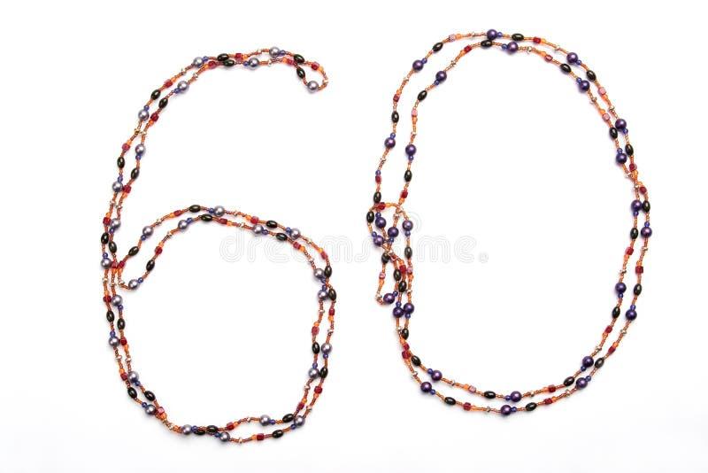 Halskette der Nr. 60 auf weißem Hintergrund stockfotos