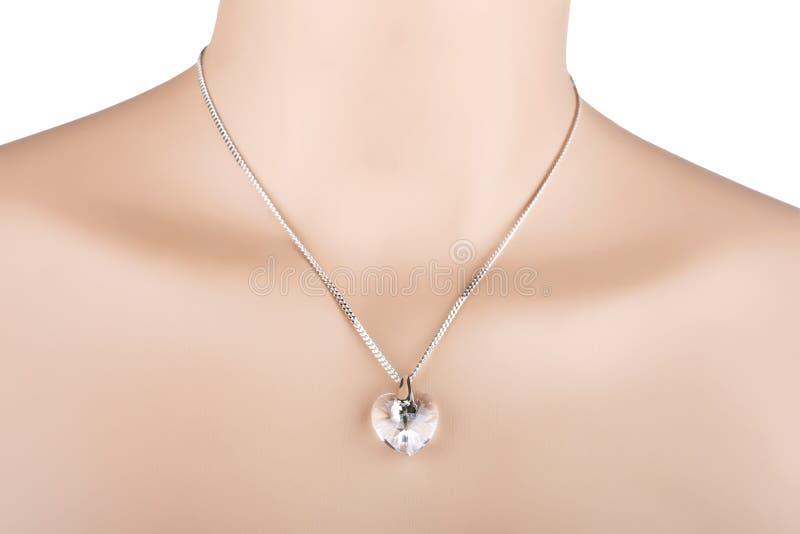 Halskette mit Herzanhänger stockfoto