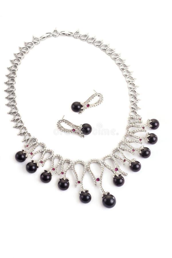 Halskette mit schwarzen Perlen lizenzfreie stockfotografie