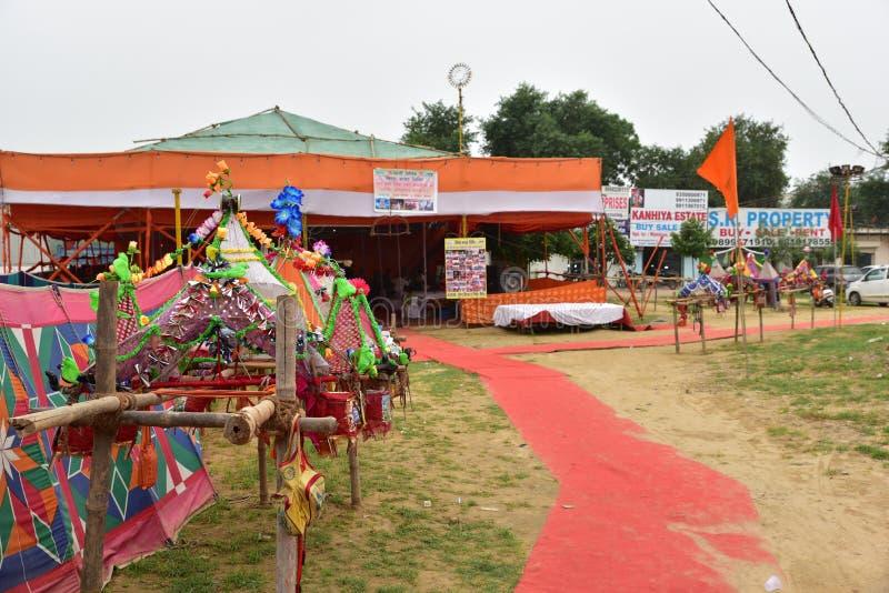 Haltebucht während Kanvar Yatra oder Kavad Yatra (Hindi Words), ist es jährliche Pilgerfahrt von eifrigen Anhängern von Shiva lizenzfreie stockbilder
