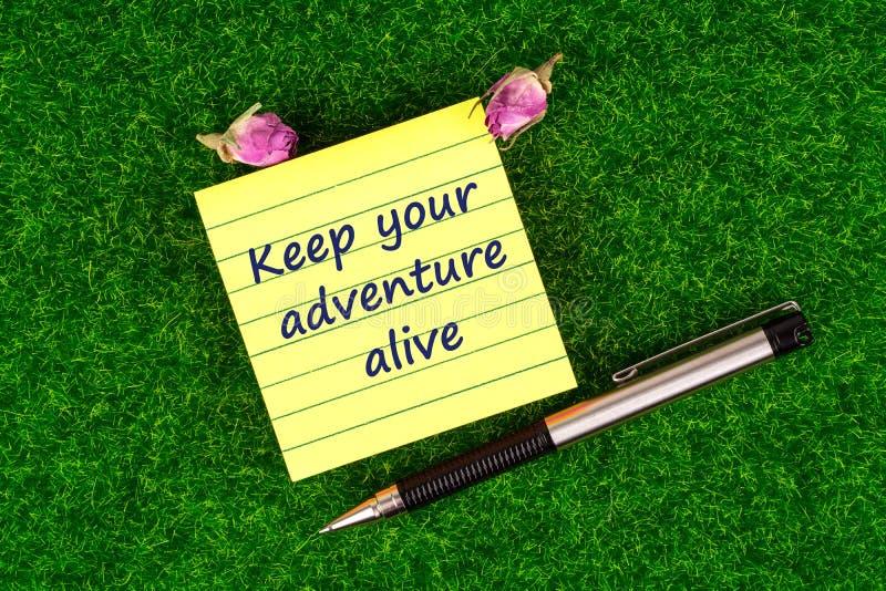 Halten Sie Ihr Abenteuer lebendig lizenzfreies stockfoto