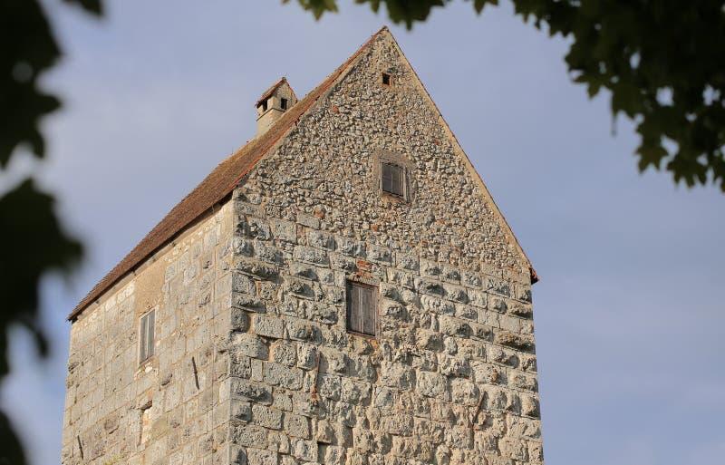 Halten Sie vom Schloss Schweppermannsburg bei Pfaffenhofen, obere Pfalz, Deutschland lizenzfreies stockbild
