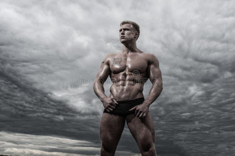 Halterofilista masculino foto de stock