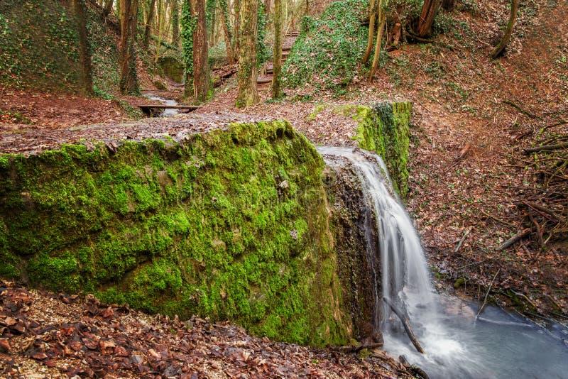HaluzickÃ-¡ Wasserfallschlucht lizenzfreies stockbild