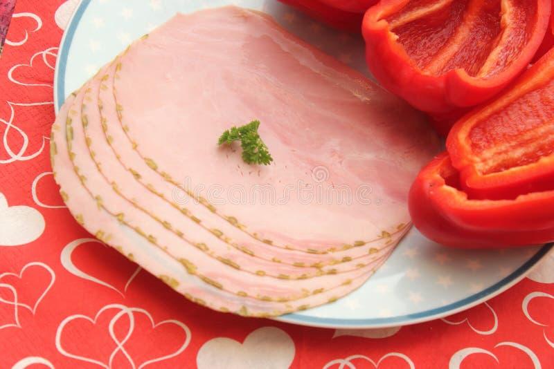 Ham van varkensvleesvlees dat wordt gemaakt stock fotografie