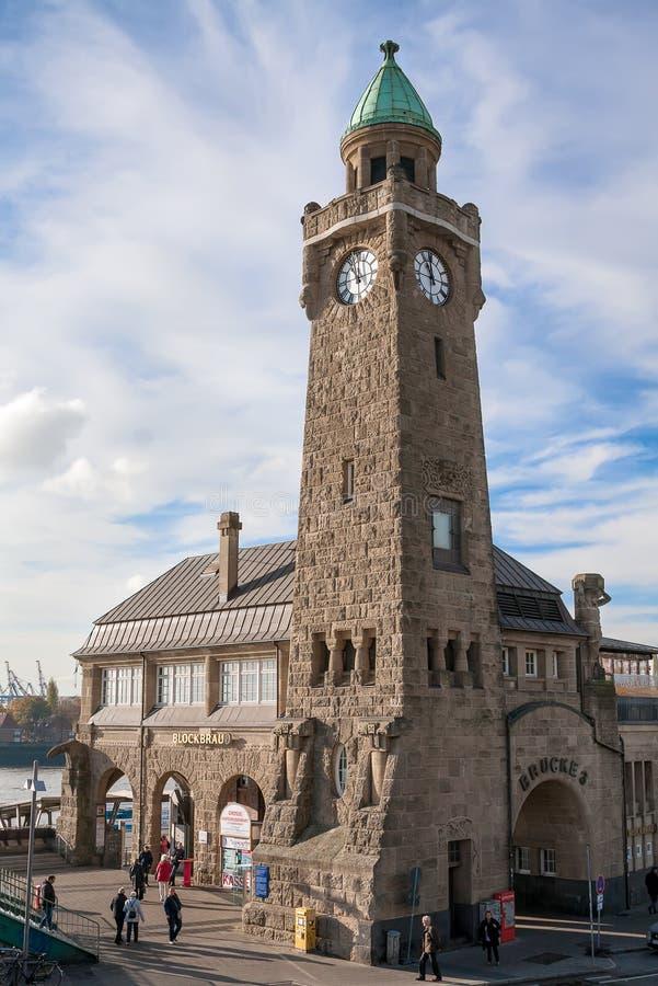 Hambourg, Allemagne Vue du St Pauli Piers photo stock