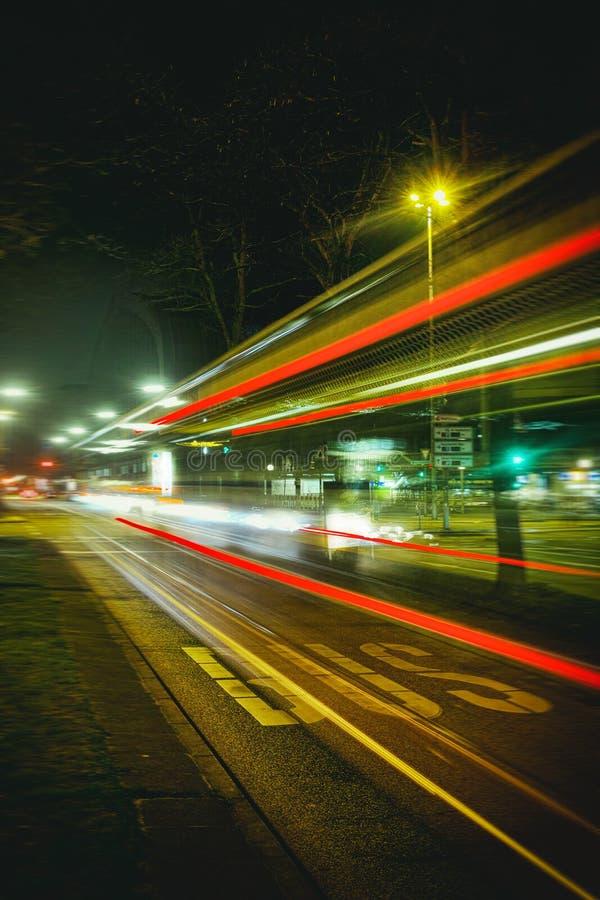 Hamburg, czasu ujawnienie, żarówka, laser, architektura, czasu ujawnienie, samochody, laser zdjęcia stock