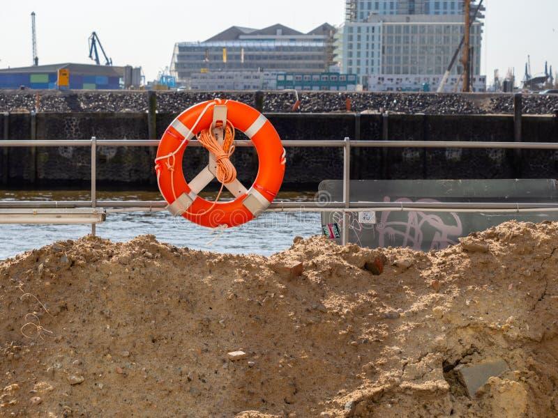Hamburg, Deutschland - 18 April 2018: Sterben Hafencity ist-eine r stockfotografie
