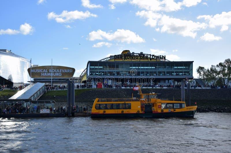 Hamburg, Duitsland - Disneys Lion King Musical royalty-vrije stock fotografie
