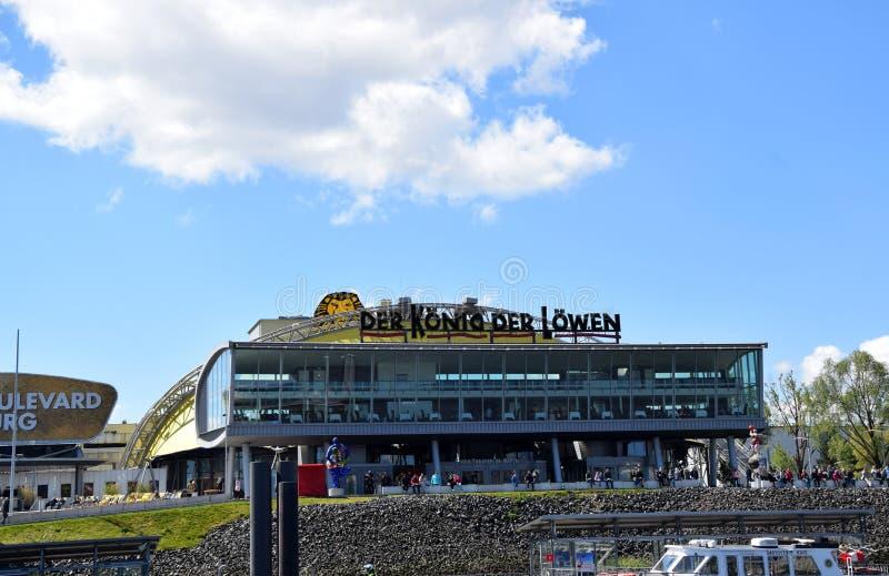 Hamburg, Duitsland - Lion King Musical van Disney? royalty-vrije stock afbeelding