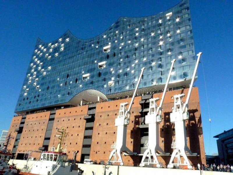 Hamburg, elbphilharmonie i nowożytni budynki przy schronieniem, fotografia stock