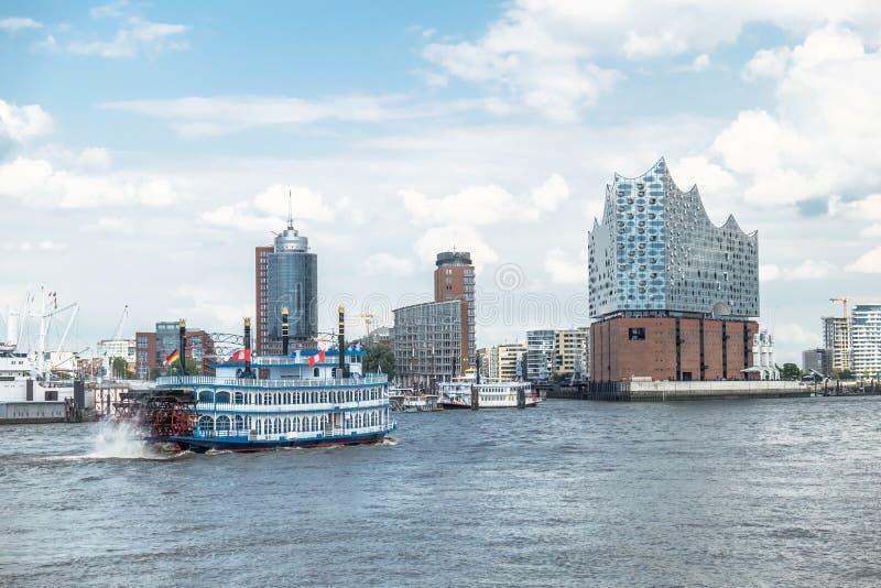 Download Hamburg, Elbphilharmonie, Speicherstadt Stockbild - Bild von philharmonic, haus: 96928361