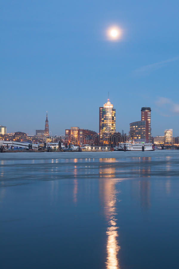 Download Hamburg Hafencity In The Evening Editorial Image - Image: 29093870