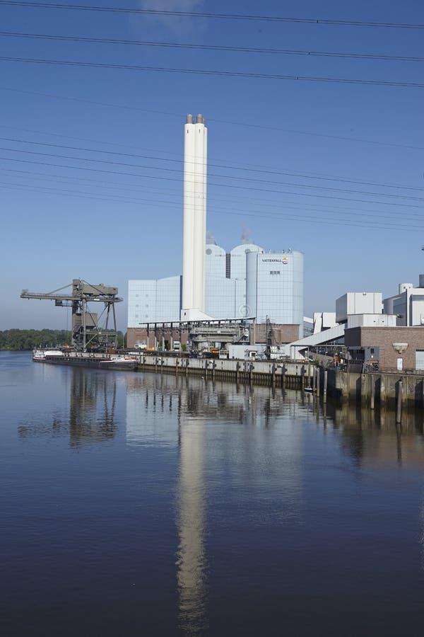 Hamburg - Kraftwerk Tiefstack (Kohle) stockfotografie
