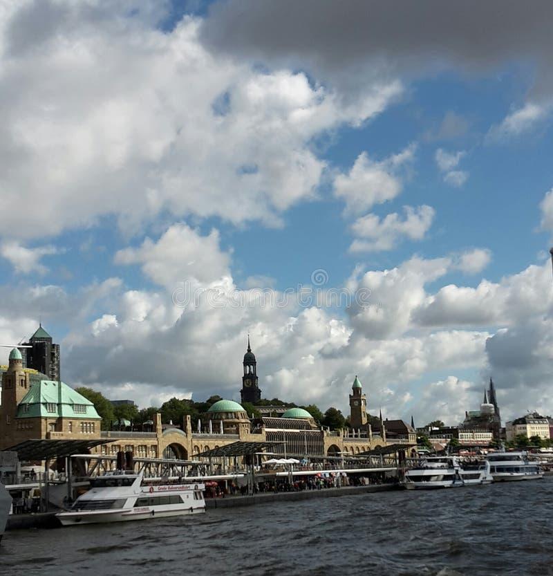 Hamburg Landungsbrücken arkivbilder