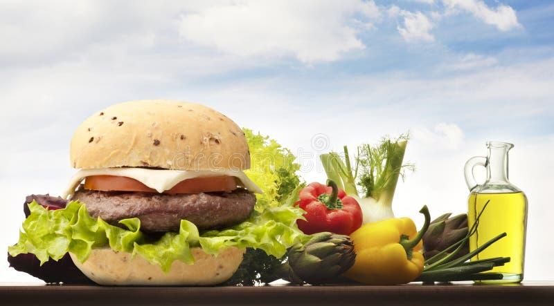 Hamburger avec du pain photographie stock libre de droits