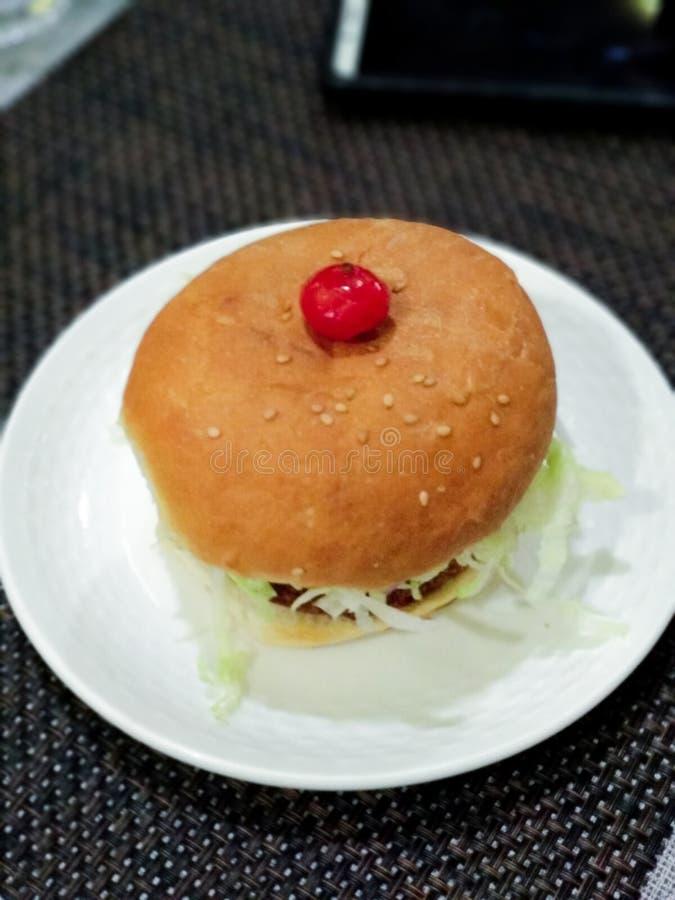 Hamburger de Non-veg des amants de nourriture photographie stock