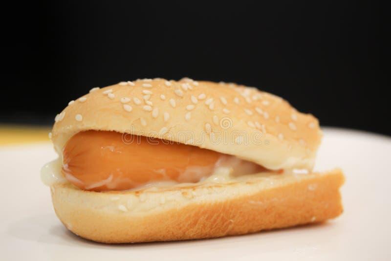 Hamburger del hot dog nel deposito di pasto rapido fotografie stock